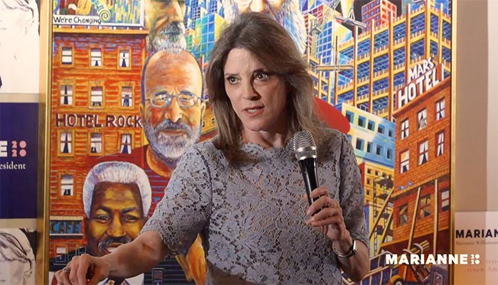 Live Streaming Marianne Williamson at Manny's in San Francisco
